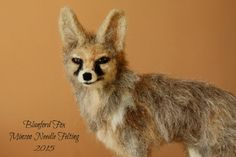 Needle felted fox, fox figurine, fox sculpture, ready to ship, Christmas gift, foxy decor