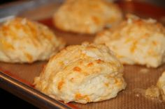 Deep South Dish: Garlic Cheese Drop Biscuits