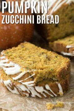 I absolutely love this Pumpkin Zucchini Bread! It's a sweet, fluffy quick bread filled with pumpkin, zucchini, and delicious fall spices. Whether you are preparing for coffee time or you simply want t Zucchini Bread Recipes, Loaf Recipes, Quick Bread Recipes, Cooking Recipes, Lunch Recipes, Easy Dinner Recipes, Pumpkin Zucchini Bread, Pumpkin Loaf, Cake Recipes