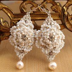 Mariage boucles d'oreilles perle / Bridal Jewelry par EderaJewelry