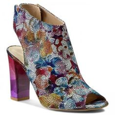 Obuv Oleksy – internetový obchod eobuv.cz nabízí novou kolekci obuví Oleksy. V… Heeled Mules, Heels, Fashion, Heel, Moda, Fashion Styles, High Heel, Fashion Illustrations, Stiletto Heels