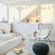 Attic Bedroom Storage, Attic Bedrooms, Room Ideas Bedroom, Girls Bedroom, My New Room, My Room, Attic Inspiration, Maila, Loft Room