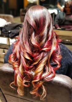 Ombre Hair, Wavy Hair, Red Hair Don't Care, Red Highlights, About Hair, Hair Art, Bun Hairstyles, Redheads, Curly Hair Styles