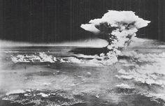 6 augustus 1945 ♦ Atoombomaanval op Hiroshima.