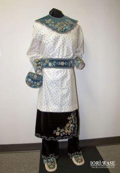 Kanien'kehaka (Mohawk) woman's regalia