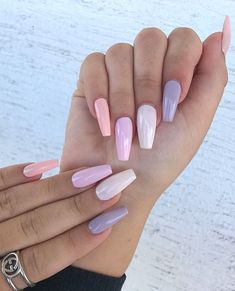 We've rounded up the hottest nail art designs in spring on your IG explore feed under one title. Keep scrolling to choose your next mani from the ultimate spring 2020 nail art trends list. Spring Nails, Summer Nails, Bright Nails, Bright Summer Acrylic Nails, Pastel Nails, Nagellack Trends, Bright Spring, Hot Nails, Nagel Gel
