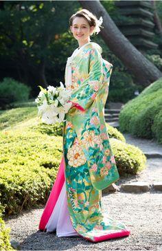 """人気ウエディングドレス約1,000点を掲載している、日本最大級のウエディングドレスレンタル紹介サイト。""""Beauty Bride""""を通じて、結婚式用ドレスのレンタル予約&ご成約すると【お得なオリジナル特典】をプレゼント!"""