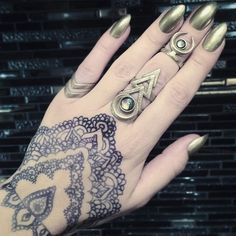 In 'Old Steel' everything, @elfilefli wears our 'Hunt' and 'Rune' #rings and the 'Occult' #midi. ❤ P.S we love your cute henna drawing.