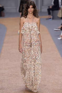 Chloé Spring 2016 Ready-to-Wear Fashion Show - Antonina Petkovic (Elite)