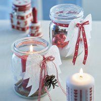 Prepare gifts from the kitchen and give them to your loved ones Gifts from the kitchen in glass with pillar candles Source by freshideen