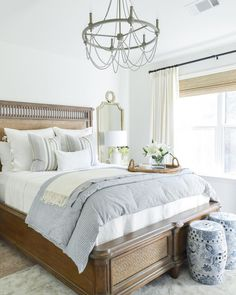 By mixing #modern trinkets and accents with #classic furniture, @kelleynan created a guest room perfect for rest and relaxation! #peaceful #serene {shop link in bio}