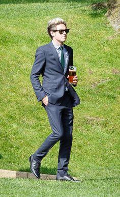 Drink in hand. Classic Irishman. -H