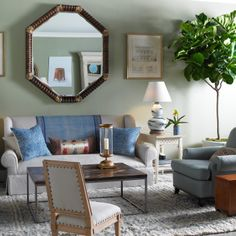 Bunny Williams Home Punta Cana Sofa. Found at Layla Grayce. Dream Living Room and My Living Room, Home And Living, Living Spaces, Living Area, Bunny Williams Home, Blue Table Lamp, Blue Lamps, Chinoiserie Chic, Beautiful Living Rooms