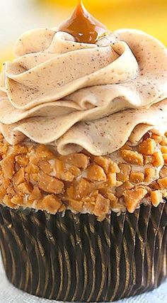 Banana Cupcakes with Browned Butter Cinnamon Cream Cheese Frosting Recipe   Cleobuttera