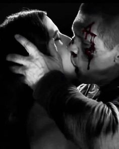 Eva Green with Josh Brolin in Sin City: A Dame to Kill For (Frank Miller, Robert Rodriguez, Romantic Movie Scenes, Romantic Movies, Quentin Tarantino Films, Movie Kisses, Josh Brolin, Frank Miller, Love Scenes, Eva Green, Bonbon