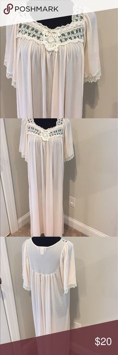 Vintage long night gown Sheer long night gown. A very light pinkish color Vintage Intimates & Sleepwear
