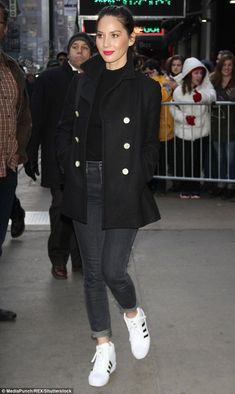 Something more comfortable: Olivia swapped into a more casual ensemble as she was seen lea...