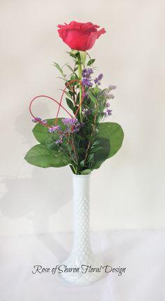 Single Rose Bud Vase with salal, myrtle and limonium Christmas Flower Arrangements, Flower Arrangements Simple, Beautiful Flower Arrangements, Candle Wedding Centerpieces, Wedding Table Flowers, Flower Centerpieces, Single Flower Bouquet, Sola Flowers, Single Rose