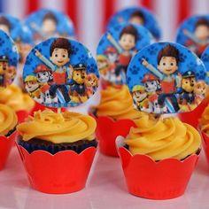 """23 curtidas, 1 comentários - Elaine dos Santos Galdino (@elainedocesfinos) no Instagram: """"#cupcakes#personalizados#patrulhacanina"""""""