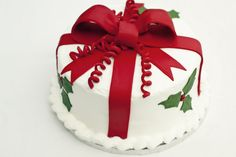 Christmas Present Birthday Cake Packed With Simple And Beautiful Cake Holiday Ca. Christmas Present Birthday Cake Packed With Simple And Beautiful Cake Holiday Cakes Cake Simple And Christmas Cake Designs, Christmas Cake Decorations, Christmas Sweets, Holiday Cakes, Christmas Cooking, Christmas Goodies, Christmas Cakes, Xmas Cakes, Christmas Holiday