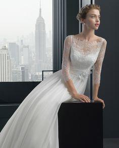2fd6afd569 Rosa Clara Wedding Dress beautiful woman -  wedding dress