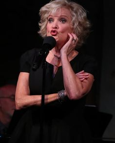 """The singer explores the options of a woman who suddenly finds her nest empty in """"After the Ball"""" at Café Carlyle."""