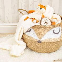 This Woodland Baby seagrass basket is here to make all your home storage dreams come true! The beautiful and natural woven design features an adorable sleepy fox face, ready to bring soothing nature to any nursery in need of decluttering. Baby Storage Baskets, Kids Storage, Toy Storage, Cream Nursery, Belly Basket, Sass & Belle, Fox Design, Decorative Storage, Nursery Decor