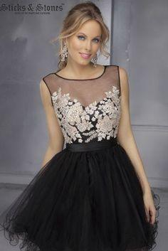 amazing #homecoming dress @thebridalcottage