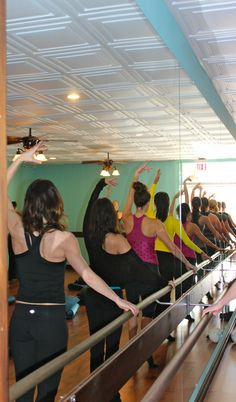 Celebrating Xtend Barre Carmel Valley's 1st Birthday with an awesome class, cake & champagne!