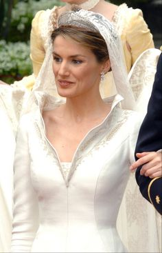 26 best Wedding ~ Felipe & Letizia images on Pinterest | Princess ...