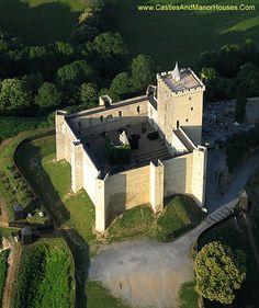 The Château de Mauvezin, Mauvezin, Gers, Hautes-Pyrénées, France. - www.castlesandmanorhouses.com