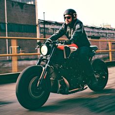 Yard Built version of Yamaha's VMAX , by Jens vom Brauck of Cologne-based JvB-moto