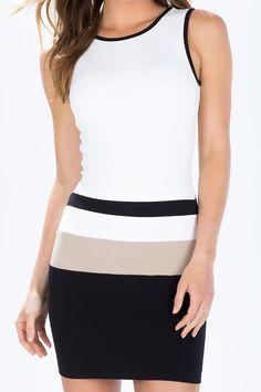 White Black Sleeveless Backless Dress