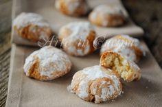 Amaretti morbidi, biscotti facili e veloci, dolci da colazione, merenda, dolce da dessert, dolcetto dopo cena, biscotti da regalare a Natale, biscotti alle mandorle