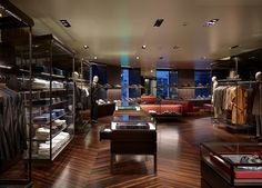superfuture :: supernews :: moscow: prada flagship store opening