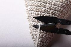 Návod na háčkované vintage srdce 52 Belt, Christmas Ornaments, Handmade, Accessories, Fashion, Granny Squares, Belts, Moda, Hand Made