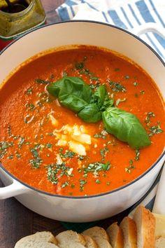 Secret Ingredient Tomato Basil Soup - One super important ingredient makes this . Secret Ingredient Tomato Basil Soup - One super important ingredient makes Tomato Basil Bisque, Creamy Tomato Basil Soup, Roasted Tomato Soup, Tomato Soup Recipes, Roasted Tomatoes, Vegan Tomato Soup, Basil Pesto, Savory Soup Recipe, Tomatoe Bisque Soup Recipe