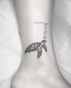 Sea Tattoo, Ocean Tattoos, Mandala Tattoo, Sea Life Tattoos, Water Tattoos, Seahorse Tattoo, Frog Tattoos, Finger Tattoos, Mini Tattoos