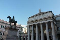 Piazza De Ferrari, la principale piazza di Genova