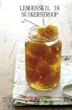 Lemoenskil in suikerstroop (Orange Peel in Sugar Syrup) South African Recipes, Dehydrated Food, Orange Peel, Chutney, Yummy Food, Homemade, Canning, Fruit, Syrup