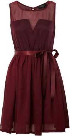 One thing I love about a romantic date night out is dressing up. Really diggin' this ox blood dress.... I am going to try to find something similar to wear for my boyfriend and I's valentines dinner out!