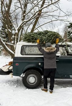 Saving and Dreaming with Esurance Christmas Tree Farm, Christmas Mood, Country Christmas, Xmas Tree, Christmas And New Year, Merry Christmas, Scout 800, International Scout, Last Minute Gifts