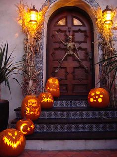 ❥ love this entry way!~ would love to see the house...