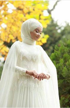 Hijab wedding dresses source by Bridal Hijab, Hijab Wedding Dresses, Rustic Wedding Dresses, Wedding Dress Styles, Wedding Gowns, Wedding Dressses, Dresses Dresses, Wedding Bridesmaids, Muslim Brides
