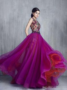 Tony Chaaya Prom Dresses 2018 Hollow Back Evening Gowns With Lace Flowers Gowns Lace Applique Sleeveless Luxury Party Dress Handmade Flowers Prom Dresses 2015, Designer Prom Dresses, Mermaid Prom Dresses, Quinceanera Dresses, Quinceanera Themes, Long Sleeve Gown, Celebrity Dresses, Beautiful Gowns, Pretty Dresses