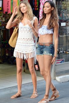 #BehatiPrinsloo and #JoanSmalls soak up the sun in Puerto Rico.