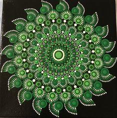 Hand painted green mandala on a canvas Mandala Painted Rocks, Painted Rocks Craft, Mandala Rocks, Dot Art Painting, Painting Patterns, Stone Painting, Mandala Drawing, Mandala Painting, Mandala Pattern