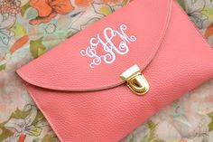 style obsession: Review: Marley Lilly Clutch