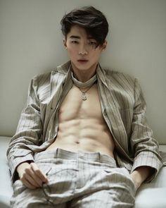 New Fashion Mens Korean Summer 40 Ideas Sexy Asian Men, Cute Asian Guys, Asian Boys, Cute Guys, Sexy Men, Korean Boys Hot, Korean Boys Ulzzang, Ulzzang Boy, Korean Men