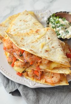 restaurant food Delicious shrimp,onion,red pepper tossed in spices and cheese quesadilla served with cream cheese sour cream dip Fish Recipes, Seafood Recipes, Gourmet Recipes, Mexican Food Recipes, Cooking Recipes, Healthy Recipes, Crockpot Recipes, Mexican Meals, Skillet Recipes